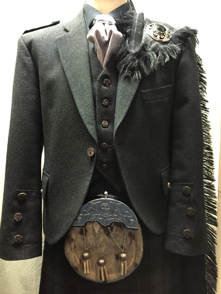 Gray tweed jacket with gray highlander tartan | Erderslie